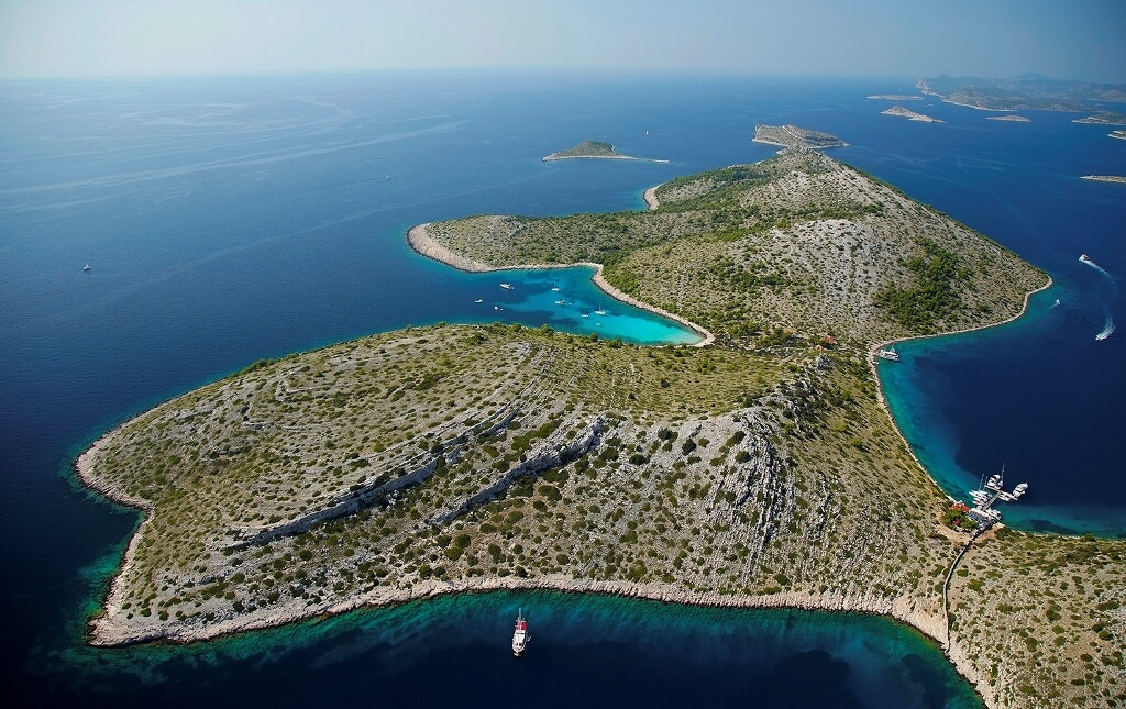 Sailing holiday in Croatia – Useful web sites to set you up