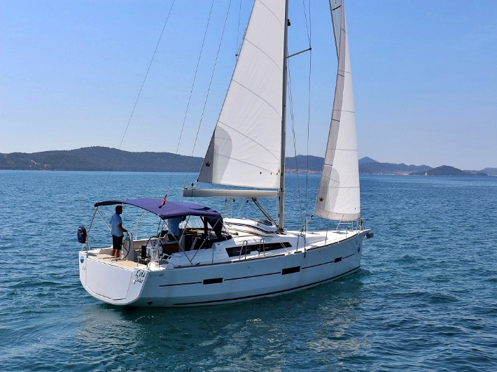 DUFOUR 460 Grand Large BT  - LOLA